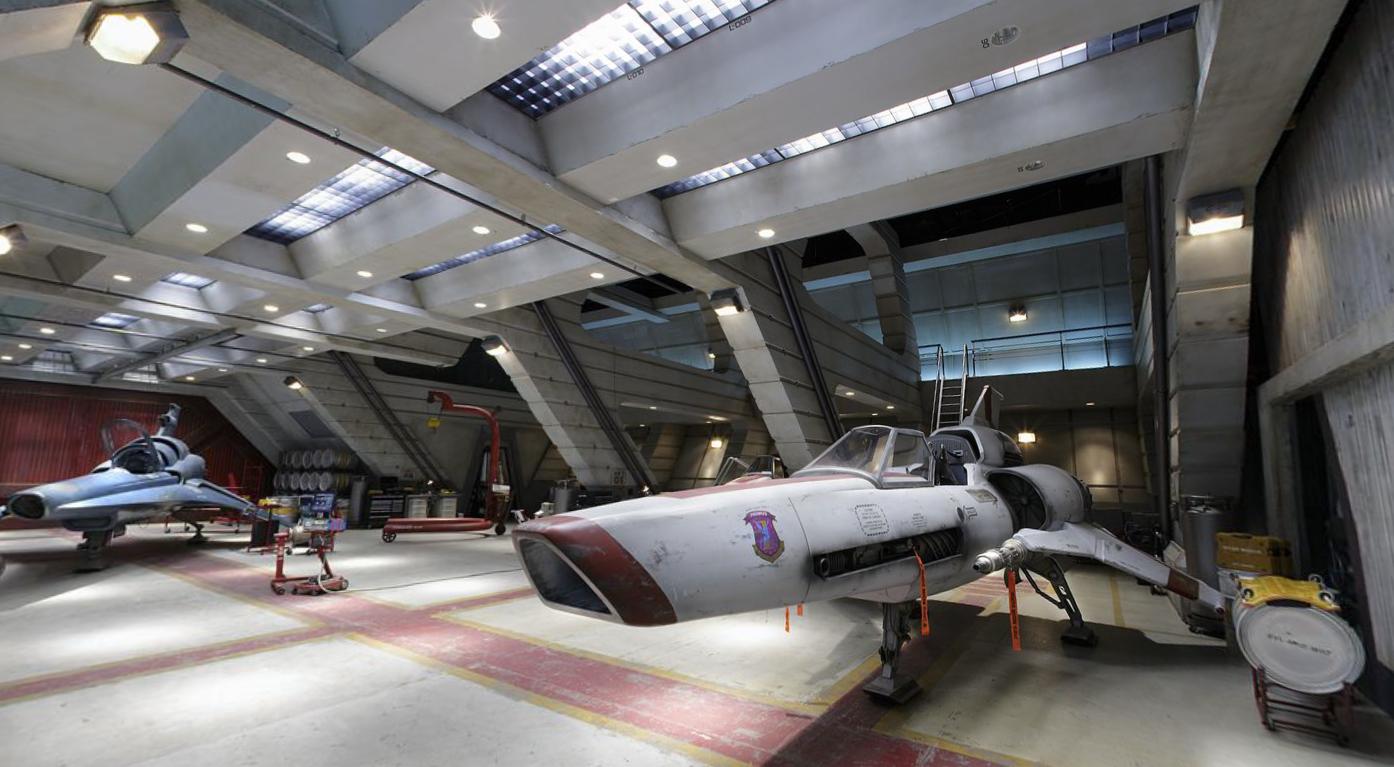 Hangar Bay Battlestar Galactica Screen-Shot-2013-06-01-at-9.34.57-PM